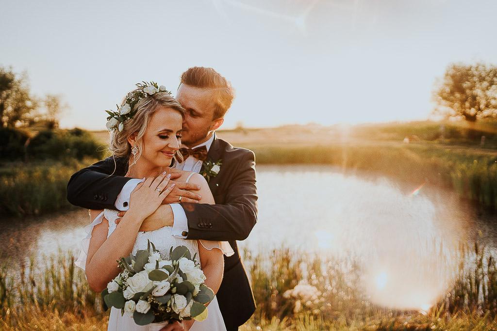 slow wedding, para młoda, suknia ślubna Piotr Czyzewski
