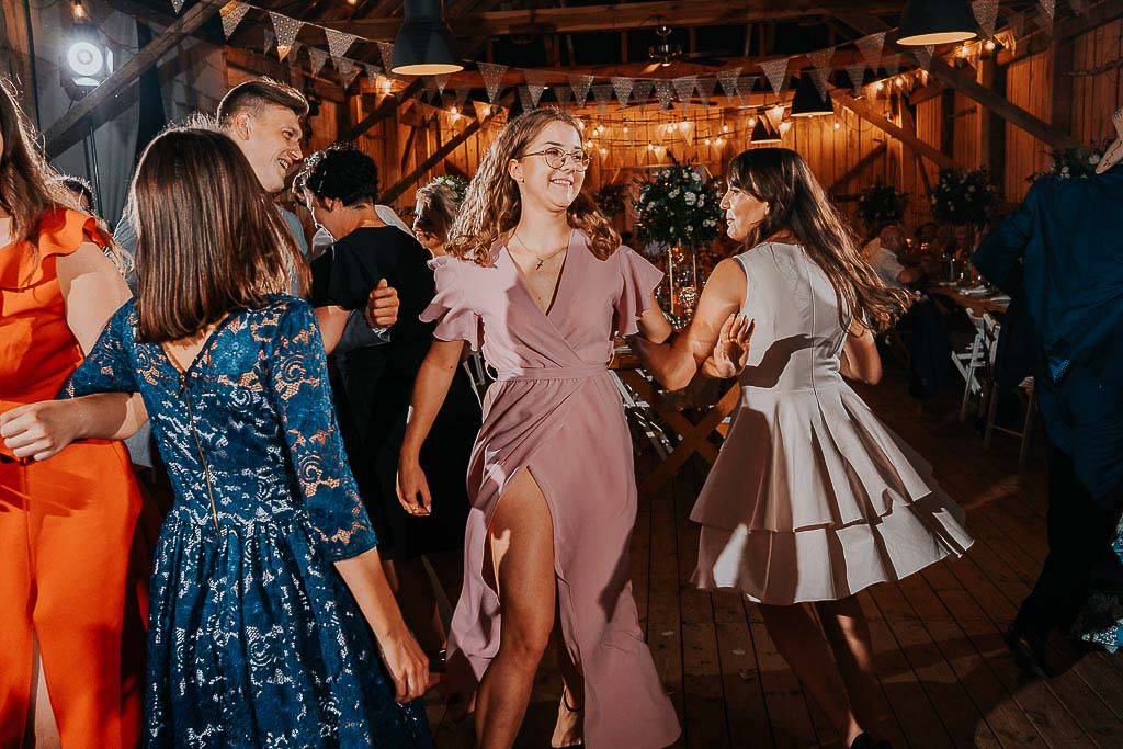 goście weselni tarcza