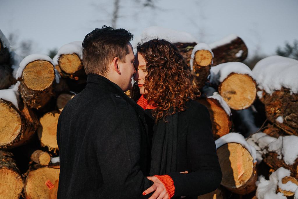 sesja narzeczeńska zimą fotograf Legionowo Piotr Czyżewski