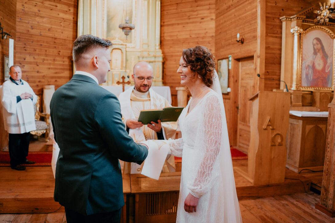panimloda slubuje wesele w namiocie piotr Czyżewski fotograf na ślub Legionowo